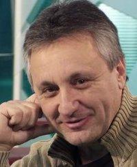 23 сентября, 19.00 – режиссер Владимир Алеников представляет свою новую книгу «Свой почерк в режиссуре»