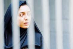 С 24 ноября  — в прокате  психологическая драма из Ирана  «Развод Надера и Симин»  (трехкратный лауреат Берлинале́2011)