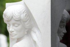 На Новодевичьем кладбище открыли памятник Людмиле Гурченко