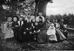 22 августа — 15 октября. Лев Толстой и его потомки