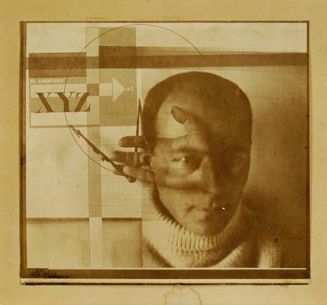 El Lissitzky. Der Konstrukteur (Selbstporträt). [1924]. Photomontage, silver gelatine print on paper. 11,3 x 12,5 cm. Creditline: collection Van Abbemuseum, Eindhoven, The Netherlands. Photo: Peter Cox, Eindhoven, The Netherlands