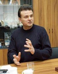 """Дмитрий Костюк проведет конференцию на тему «Кому принадлежит """"ВИА Гра""""?»"""