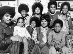 Семья Майкла Джексона требует денег за смерть поп-идола