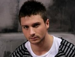 Сергей Лазарев попал в больницу с пищевым отравлением