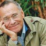 Известный российский режиссер Андрей Кончаловский вместе с семьей попал в серьезную аварию на юге Франции
