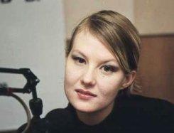 Рената Литвинова сломала ногу.