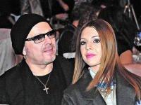 Владимир Пресняков и Наталья Подольская прокомментировали информацию о разводе.
