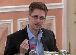Эдвард Сноуден начал переговоры с властями США