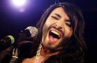 Бородатая победительница «Евровидения» вызвала общественное негодование
