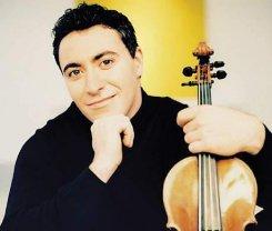 Максим Венгеров научил скрипачей быть певцами