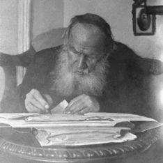 В Сети появились личные записи Льва Толстого