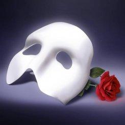 «Призрак оперы» бьет рекорды кассовых сборов.