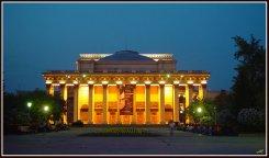 В Новосибирске хотят запретить оперу Вагнера.