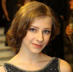 Галина Сергеевна Васнецова из сериала «Папины дочки» сегодня отмечает 20-летие.