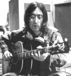 Потерянная гитара Джона Леннона может установить аукционный рекорд