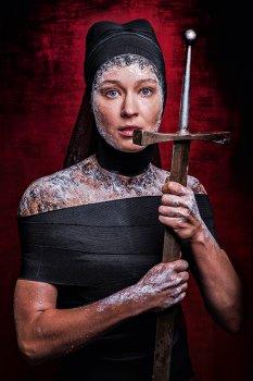 16 и 17 октября на Основной сцене Театра имени Пушкина состоится премьера пластического спектакля«Жанна Д'Арк».