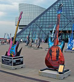 Торжественная церемония включения в Зал славы рок-н-ролла прошла 8 апреля 2016.