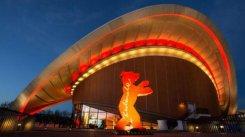 9 февраля мировой премьерой французского конкурсного фильма «Джанго открылся 67 -й Берлинский кинофестиваль